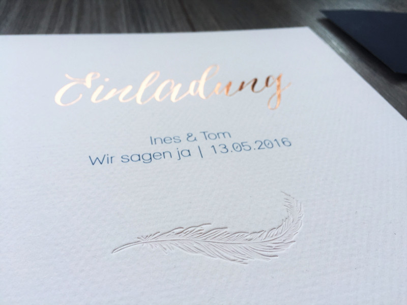 copperandgold.de | ines | hochzeitseinladung rosegold dunkelblau